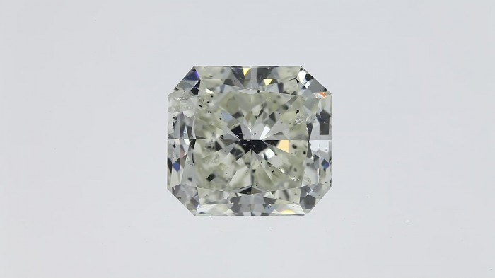 Dancing diamonds in 360 degrees view with a video clip